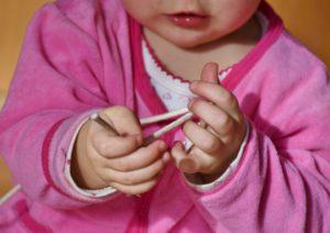 neonatuccio 300x212 - Osteopatia Pediatrica: collaboriamo con Pediatri e personale sanitario specializzato